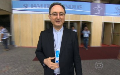 Arcebispo de Brasília é eleito presidente da CNBB