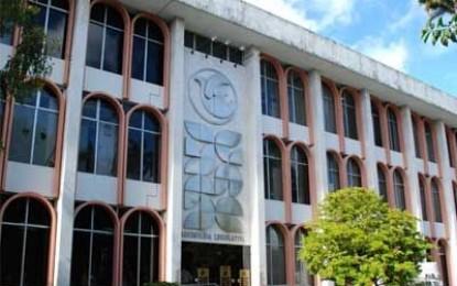 Assembleia concede título de cidadão paraibano ao empresário Roberto Wizard