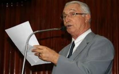 Helder Moura: Frei Anastácio reitera críticas à Cunha e chama Câmara de 'galinheiro'