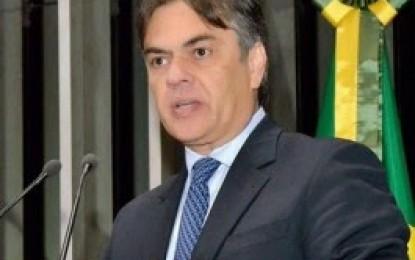 Ministro interrompe processo contra diplomação de Cássio Cunha Lima no Senado