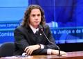 Deputado Veneziano afirma que permanece no PMDB, mas prega aliança com PSB