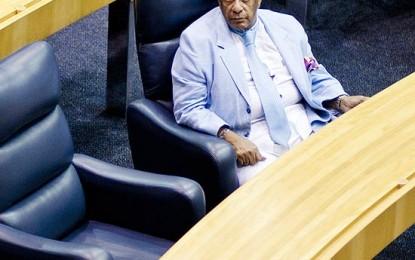 Timóteo deixa SP e decide voltar à política