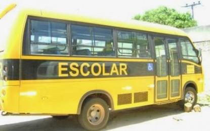 Dezoito ônibus escolares atendem professores e alunos da zona rural de Santa Rita