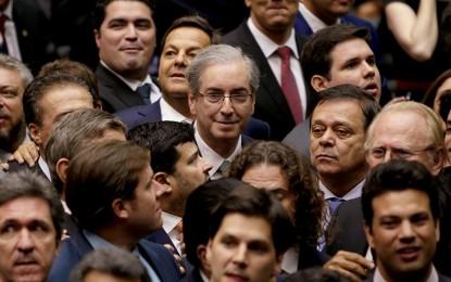 Tropa suprapartidária de choque de Cunha causa ciúmes no PMDB