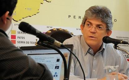 Ricardo Coutinho revela estudo para realização de concurso