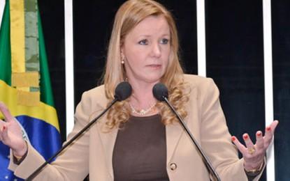 Senadora Vanessa Grazziotin (PS do B) sugere que salário de parlamentares sejam reduzidos