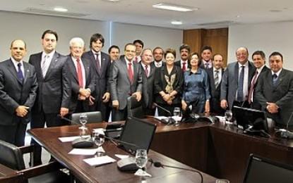 DESARTICULAÇÃO OU INTRANSIGÊNCIA ? – Dilma tem menor apoio na Câmara da era petista
