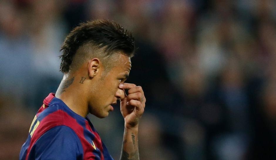 Neymar se apresenta à Seleção para a disputa da Copa América