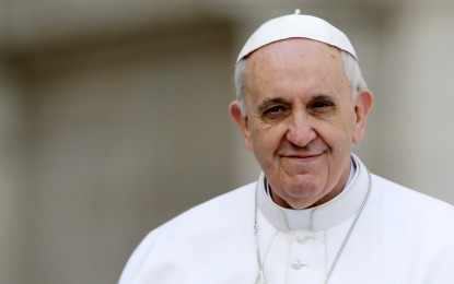 Papa Francisco oferece hospital do Vaticano para cuidar de bebê que sofreria eutanásia na Inglaterra