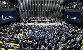 340 X 72: Câmara aprova decreto de intervenção federal no Rio: Da Paraíba 8 sim, 1 não e 3 ausentes
