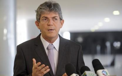 Governador Ricardo Coutinho entrega reforma de mais duas escolas em João Pessoa