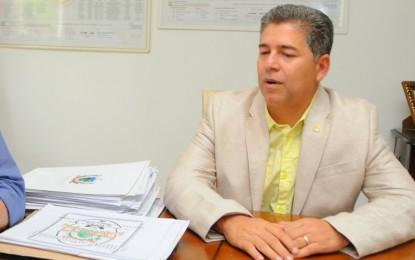LIXO DE OURO: Prefeito de Cabedelo, Leto, gastou quase R$ 4 milhões com lixo em apenas 5 meses