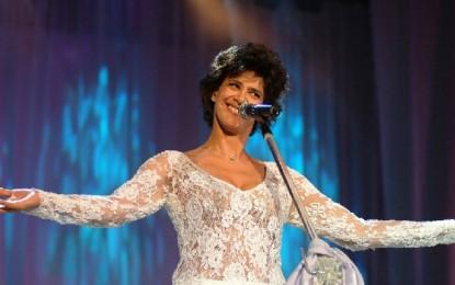 Com ingressos a somente R$ 1, Simone faz show em João Pessoa