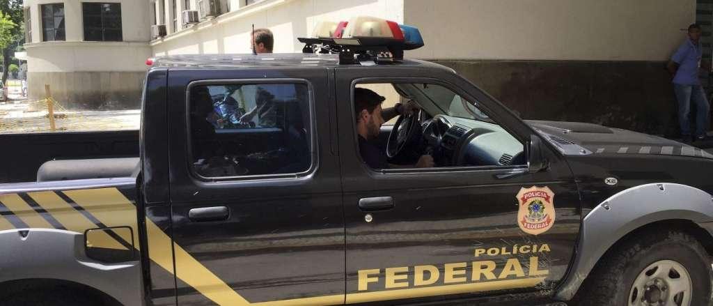 OPERAÇÃO DA PF NA PARAÍBA – Mãe de deputado federal e dois prefeitos do sertão são presos