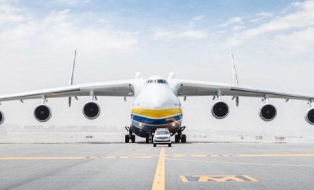 Turista morre ao ser atingida por rajada de vento de turbina de avião – VEJA VÍDEO
