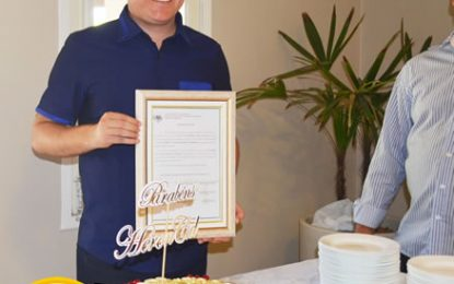 Jornalista Heron Cid aniversaria e recebe homenagem de amigos, e da Câmara de Vereadores de Marizópolis