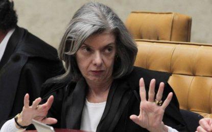 Cármen Lúcia e presidente do TRF-4 discutem sobre julgamento de Lula