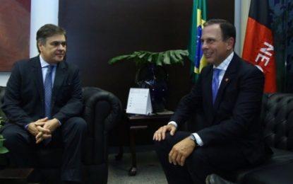 GRANDE AMIZADE: João Dória é recebido por Cássio no Senado