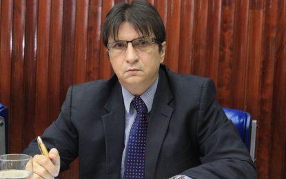 Deputado Janduhy Carneiro esclarece e diz que esposa pediu exoneração do cargo em Bayeux