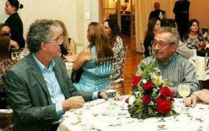 Sabendo que Maranhão, mesmo chamado, não foi pra Campina na sexta, Ricardo faz aceno ao PMDB –  Por Vanderlan Farias