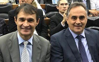ENCONTRO TENSO: Cartaxo e Romero, adversários dentro da oposição se encontram em evento político
