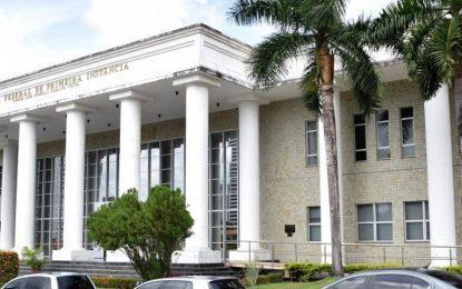 Justiça suspende pós-graduações irregulares de faculdade em Campina Grande, diz MPF
