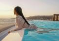 Simaria, da dupla com Simone, 'quebra web' com foto sensual na Grécia