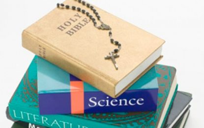 Brasileiros aprovam ensino de religiões nas escolas