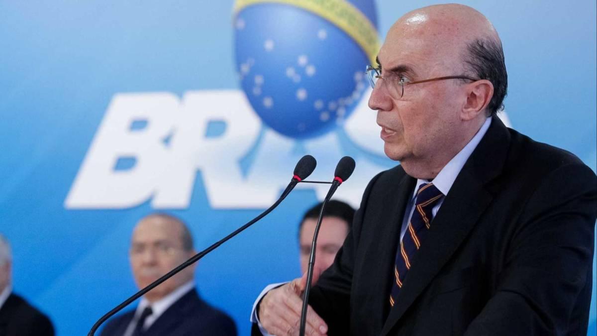 'Não podemos correr o risco de entrar 2018 sem reforma', diz Meirelles