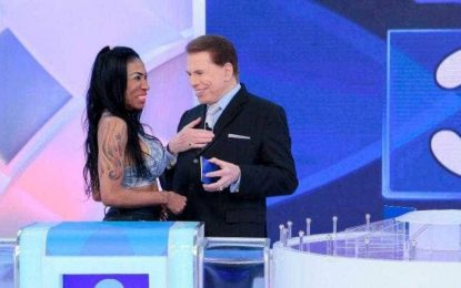 Inês Brasil consegue deixar Silvio Santos sem graça com declaração