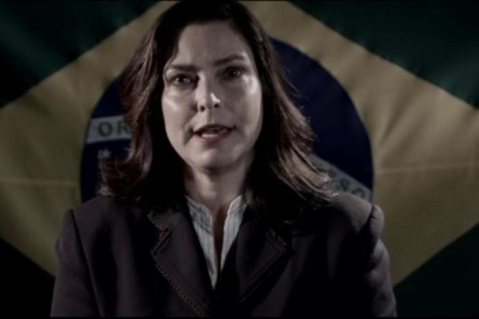 VEJA VÍDEO: Ex-apresentadora do Jornal Nacional anuncia pré-candidatura à presidência