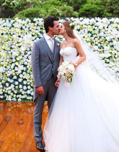Marina Ruy Barbosa mostra vídeo emocionante do casamento