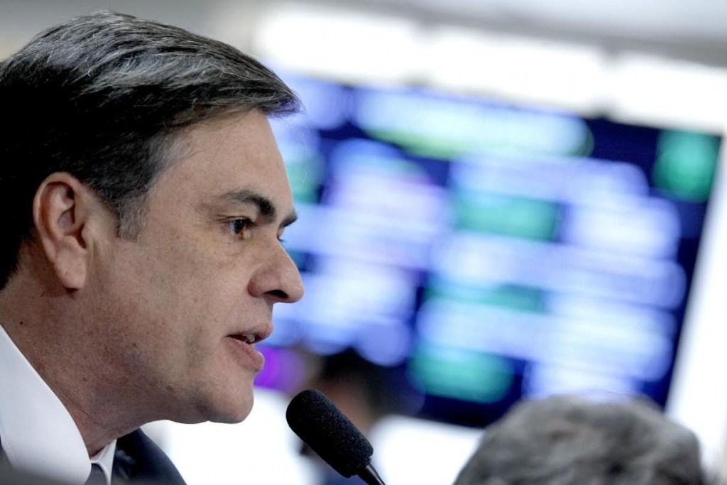 É jogo de cena ou é pra valer a afirmação de Cássio de ficar fora da disputa de 2018? Por Henrique Lima