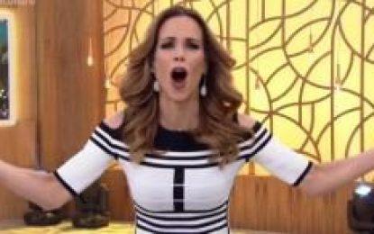 """Ana Furtado é trollada ao vivo no 'Encontro': """"Vai substituir quem?"""""""