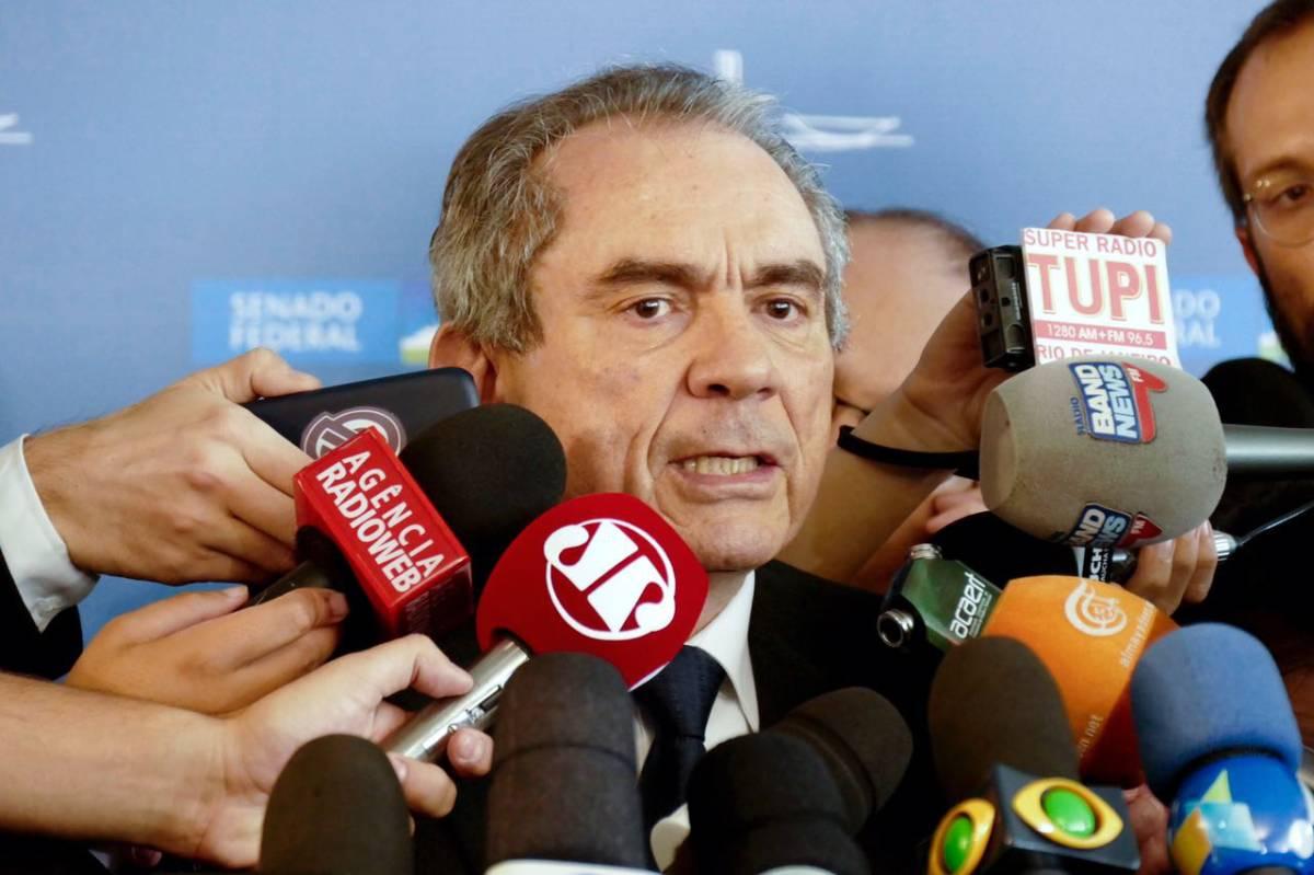 SENADOR LIRA ESCOLHEU UM LADO: Ele quer unidade das oposições em torno de uma chapa única e ser candidato a reeleicão – Por Lena Guimarães