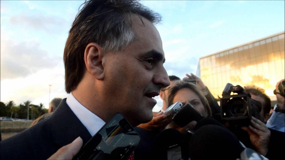 Cartaxo cria comissão para averiguar situação financeira da Capital