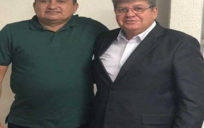 Prefeito de Bom Sucesso é mais um a apoiar a pré-candidatura de João Azevêdo