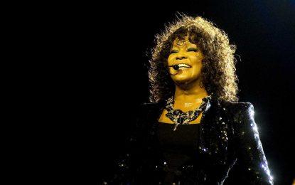 Documentário sobre trajetória de Whitney Houston ganha teaser; veja