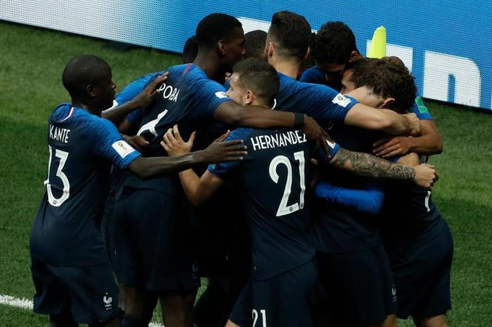França vence a Croácia por 4 a 2 e conquista o bicampeonato da Copa do Mundo