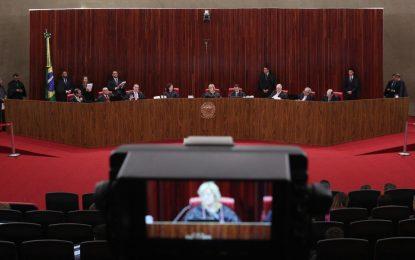TSE barra Lula na eleição e dá 10 dias para PT trocar candidato à Presidência ( 6 X 1 )