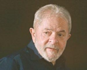 Em entrevista por carta, Lula diz que Moro fez política em vez de justiça