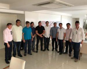 ELEIÇÃO PARA A CÂMARA FEDERAL: 9 deputados poderão seguir partidos e fechar com Rodrigo Maia; 3 não declararam apoio formal