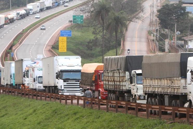 O GOVERO QUER EVITAR: caminhoneiros se mobilizam para nova paralisação