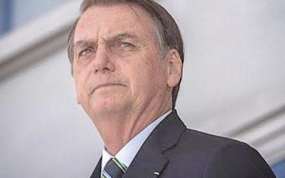 Bolsonaro encontra eleitores nordestinos e volta a criticar Flávio Dino: 'ESSE CARA É DO PARTIDO COMUNISTA'; VEJA VÍDEO
