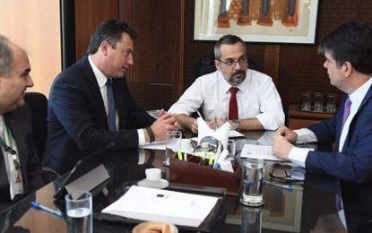 Ruy Carneiro vai ao MEC tentar sensibilizar ministro para disponibilizar mais recursos para UFPB, UFCG e IFPB