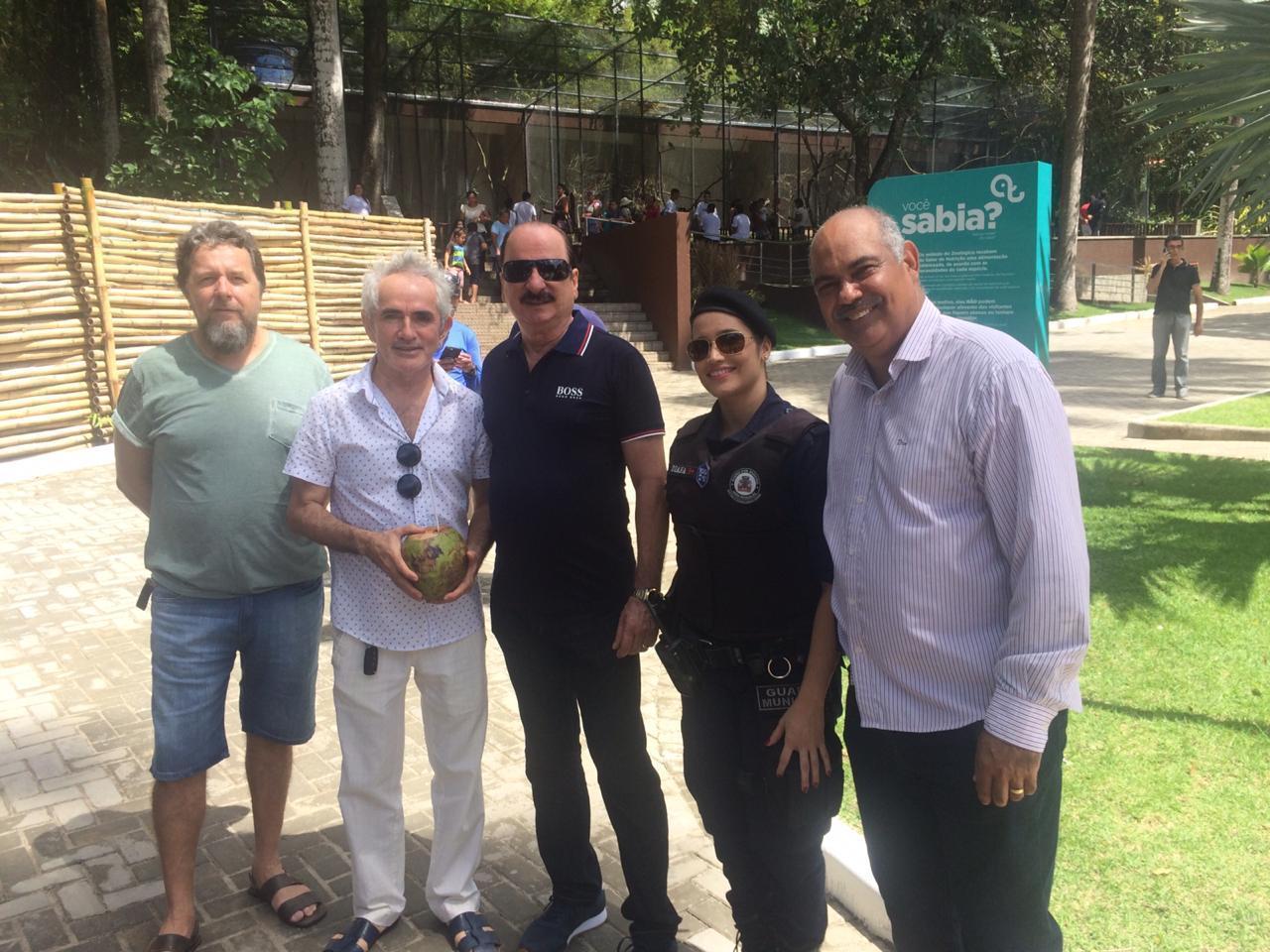 Durval Ferreira participa de inauguração da primeira etapa do novo Parque da Bica