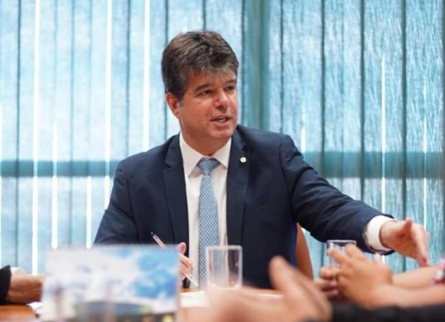 Deputado federal Ruy Carneiro lamenta falecimento da jornalista Lena Guimarães