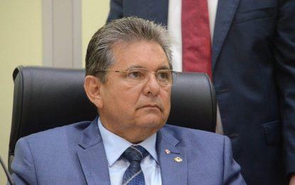 Em nota, Adriano Galdino rebate delação de Livânia Farias e diz que entre 2012 e 2014, estava licenciado do mandato de deputado estadual para atuar no governo