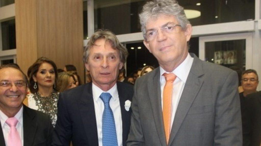 Em delação, Livânia Farias afirma que Roberto Santiago pagou mensalão a deputados estaduais entre 2013 e 2014
