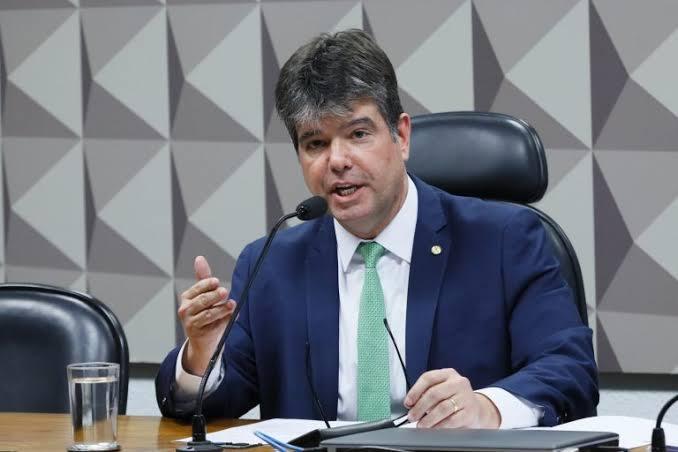"""Eleições antecipadas: """"A classe política deveria tomar chá de 'semancol', dispara Ruy Carneiro"""